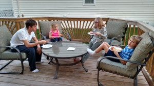 Kids' pizza party on the deck